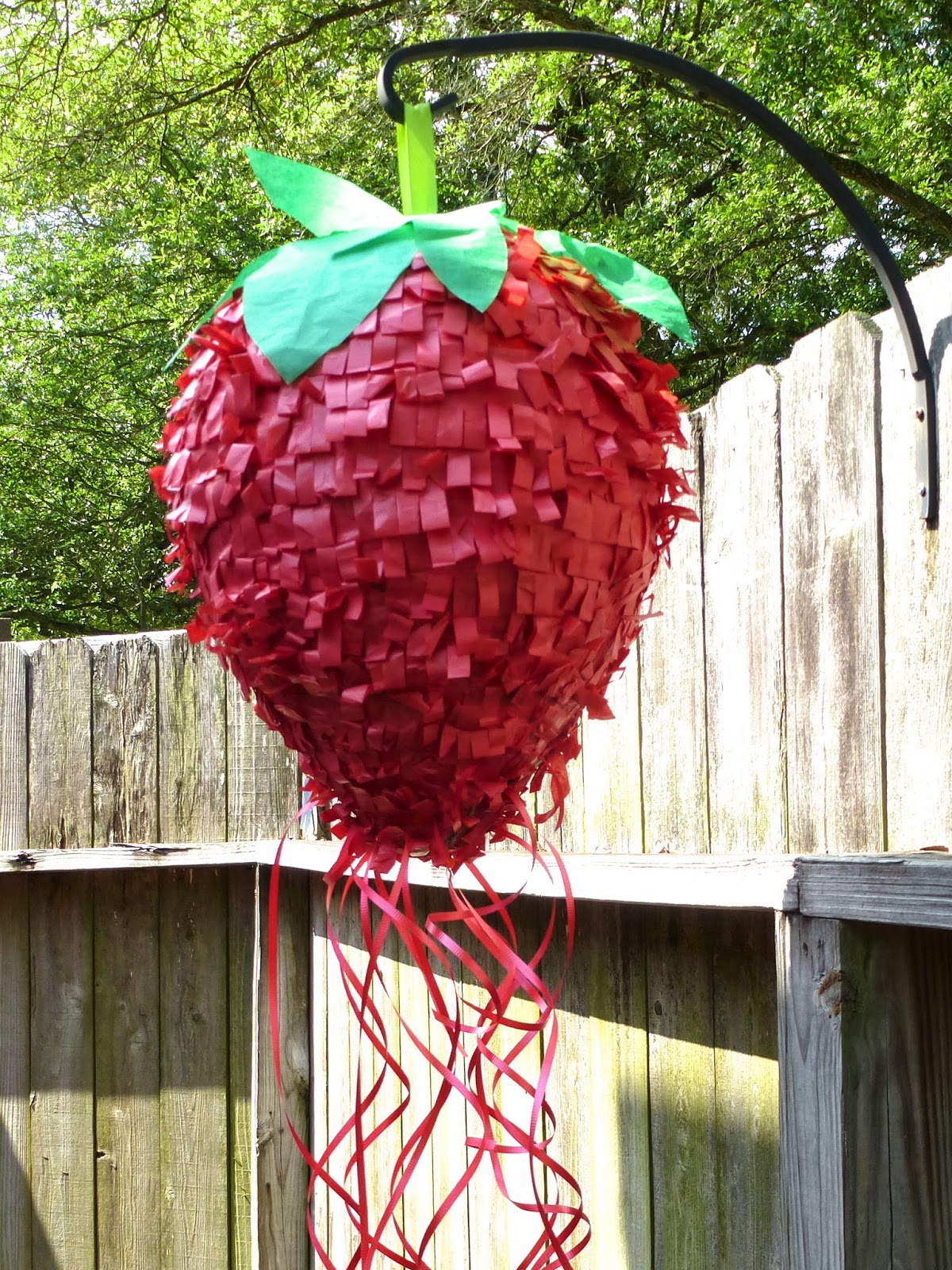 Strawberry Piñata