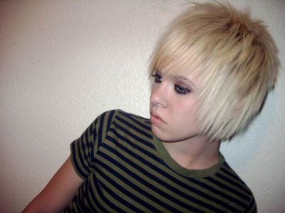Short Blonde Hairdos. short emo haircuts boys.