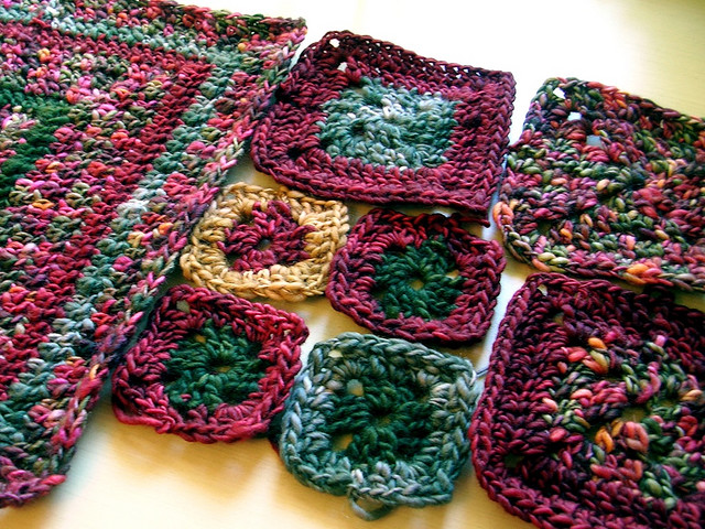 Granny Square Knitting Pattern : Granny square patterns knitting gallery