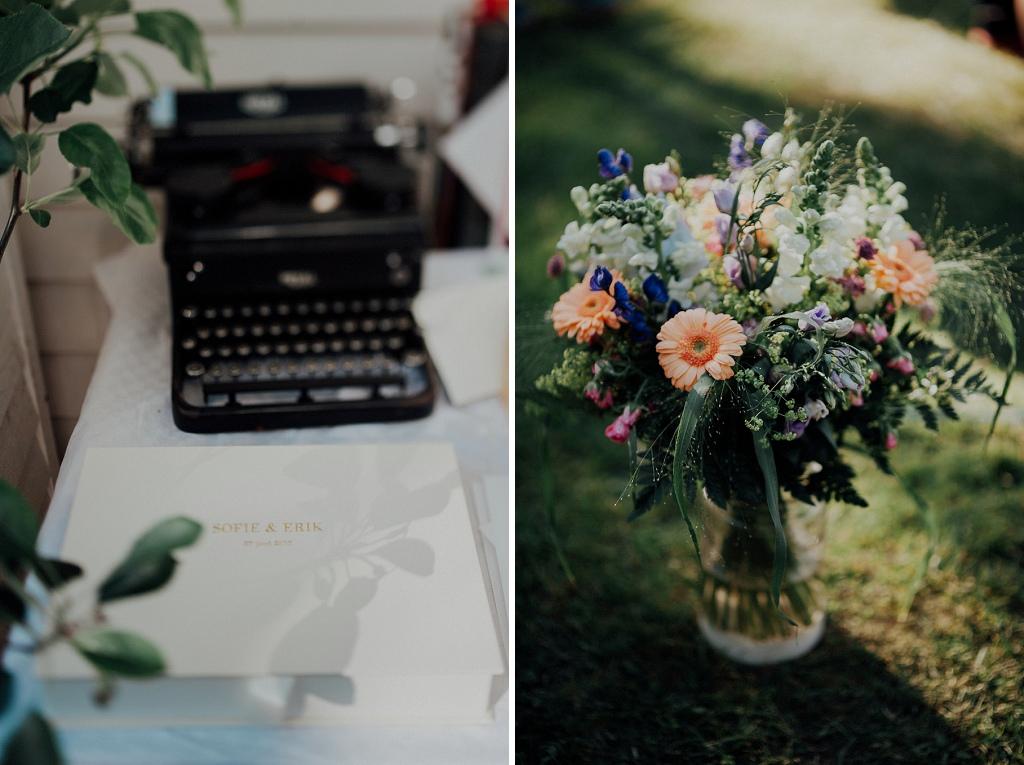 Gästbok och skrivmaskin