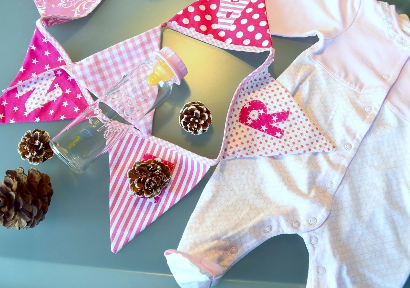Geschenktipps für Babys: Babyflasche mit Namen