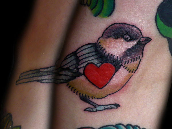 Sparrow bird tattoos bird tattoos for Traditional sparrow tattoo