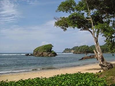 Pantai Kondang Iwak | Objek / Tempat Wisata di Jawa Timur