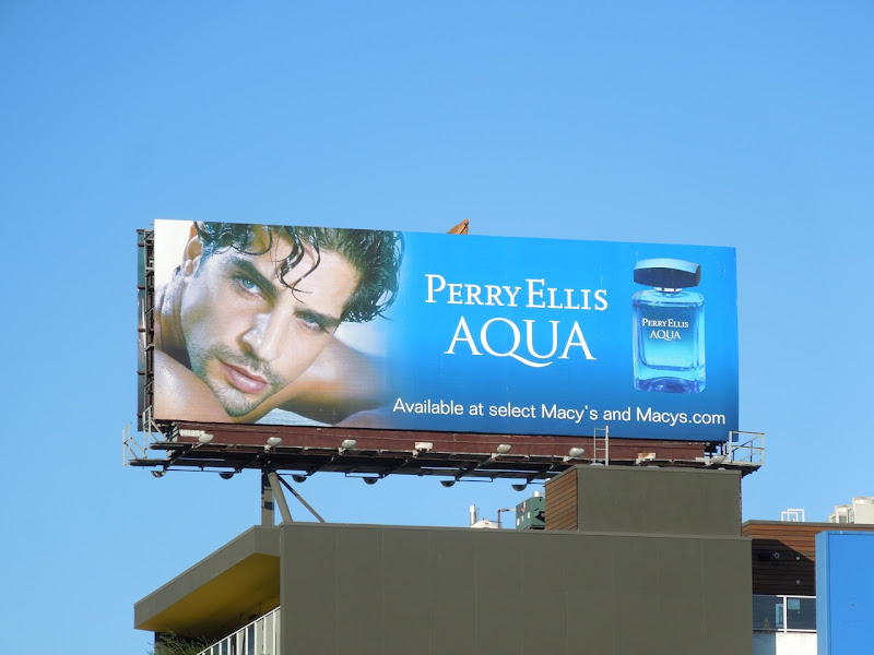 Perry Ellis Aqua Nir Lavi model billboard