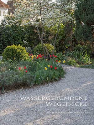 Wege im Landhausgarten - Granitplatten, Trittsteine, wassergebundene Decke und Schotterrasen