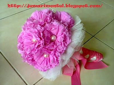crepe hand bouquet, HB