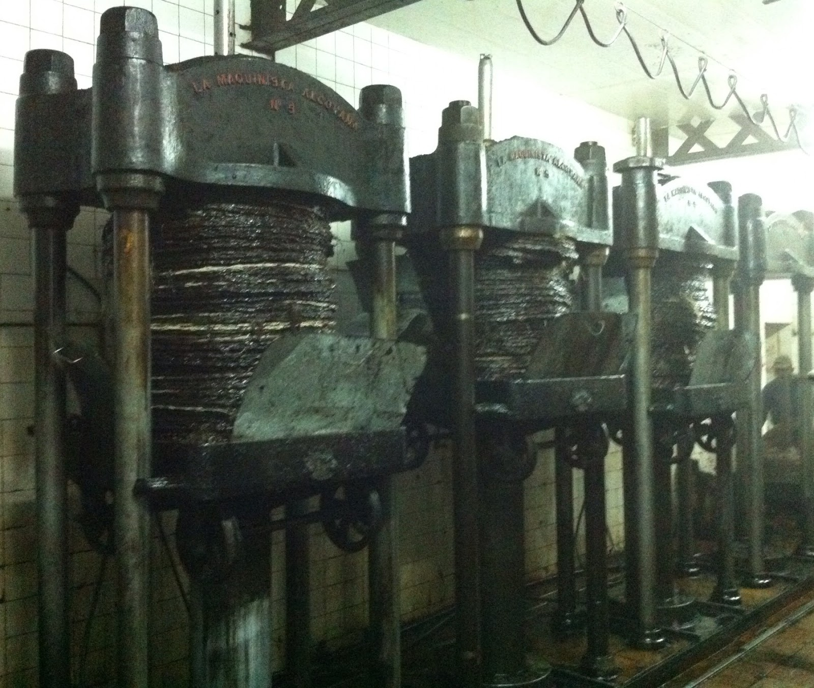 Candela´s presses working