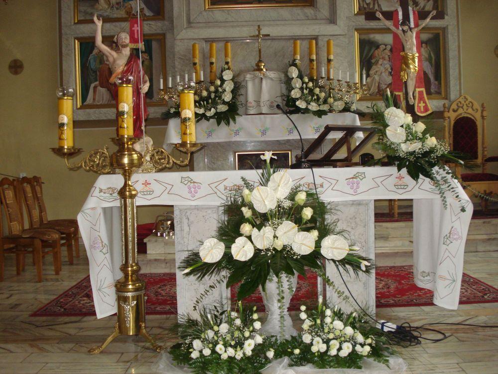 Dekoracja kościoła na Komunię
