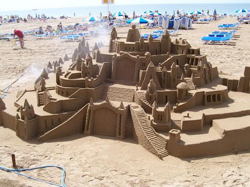 Amazing-Sand-castles-12