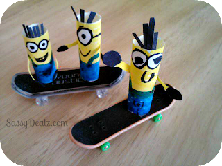despicable me minions skateboarding finger puppets