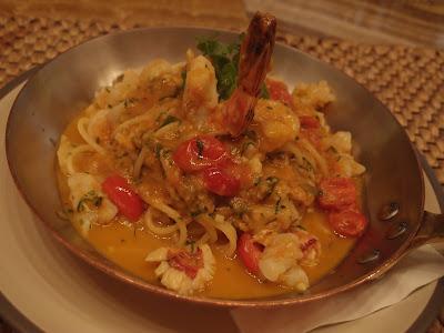 Spaghetti Alla Chitarra Con Ragu Di Crostacei