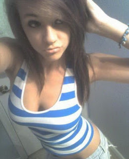 16 years old hot girl fingering herself