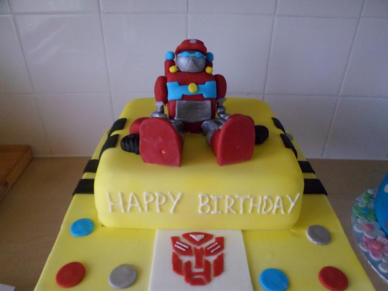 Hannahs Buns Blog Transformer Cake