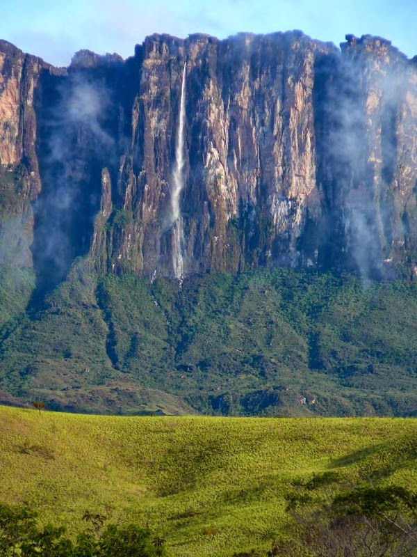 Cuquenan Falls Kukenan, Venezuela