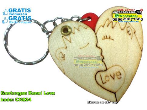 Gantungan Kunci Love