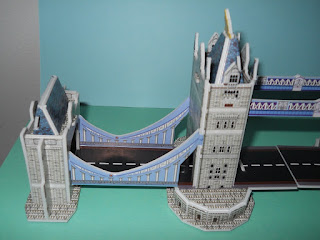 tower bridge London model