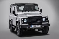 Land Rover Defender 90 Station Wagon '2,000,000' (2015) Front Side