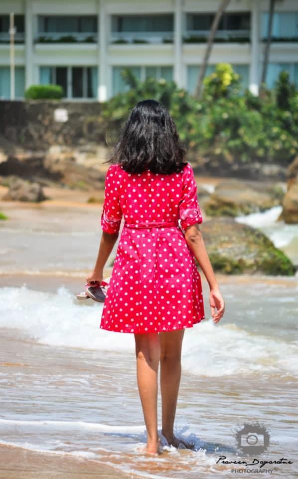 Madhu Mendis pink butt