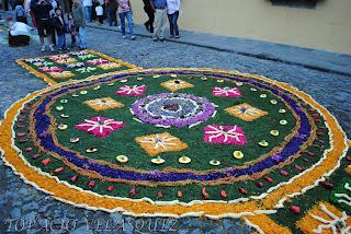 Foto documental alfombras antigua guatemala for Que significa alfombra