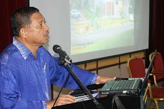 Ucaptama yang diberikan oleh Dr Hj Malip B. Hj Mujib