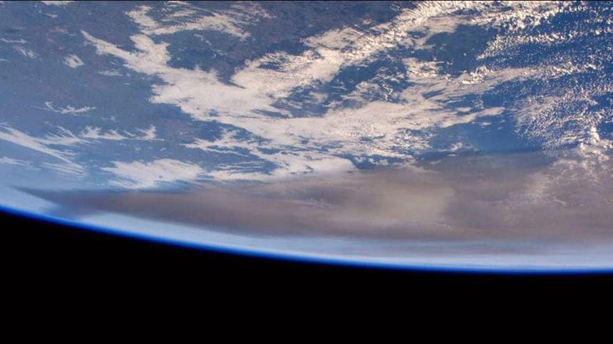 Cenizas del volcan Calbuco desde el espacio