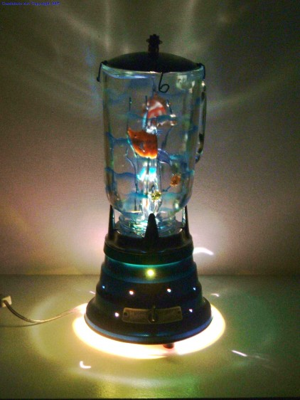 10 creative and cool reuse of old blenders for Fish in a blender