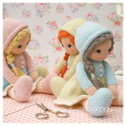 Knitting Patterns Little Dolls : Mary Janes TEAROOM: Little Yarn Dolls knitting pattern...