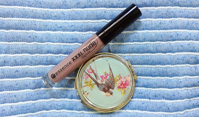Essence XXL Nude Lipgloss Soft Almond Review