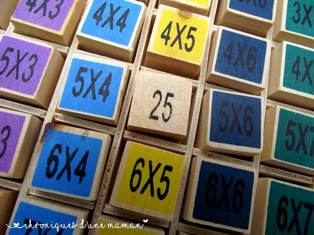 Chroniques d 39 une maman les multiplications c 39 est ludique for Apprendre multiplication en jouant