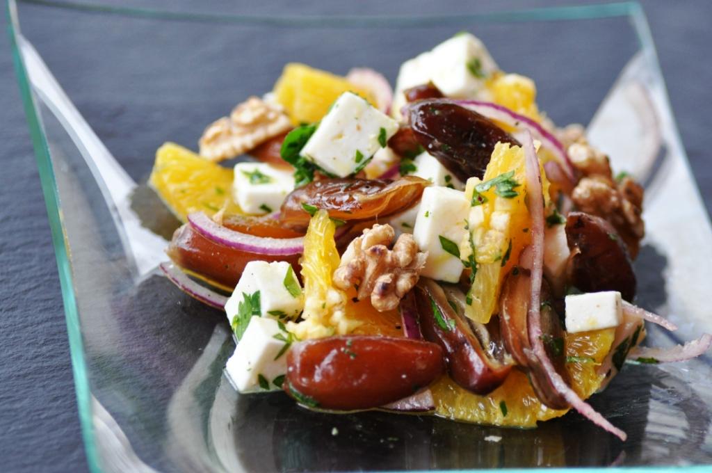Orangen-Dattel-Salat mit Feta - Kubiena - Kochblog