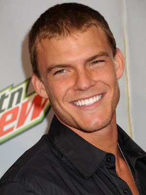 Alan Ritchson actores de tv