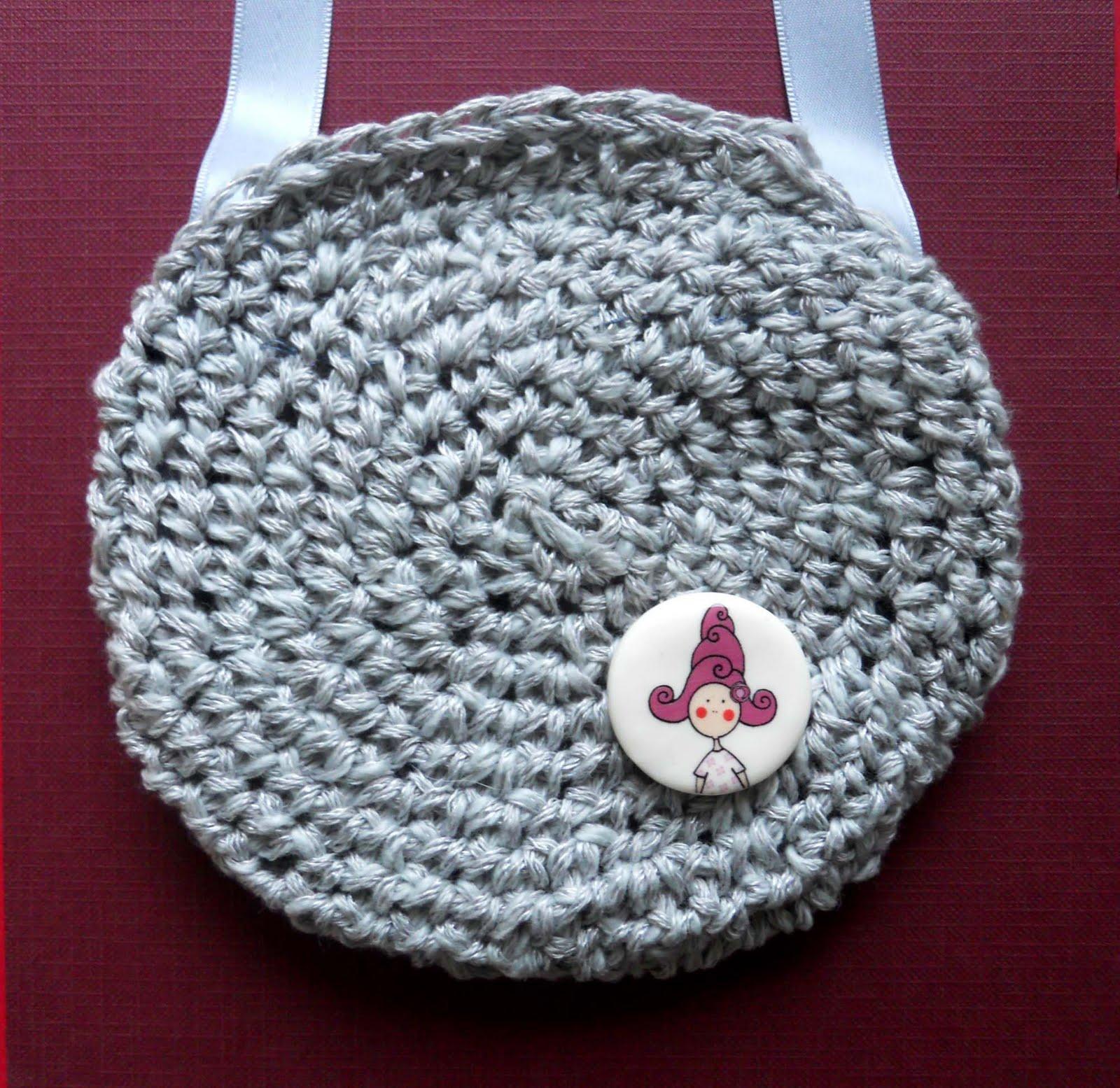 Bolsos de lana, algodón o lino hechos a ganchillo