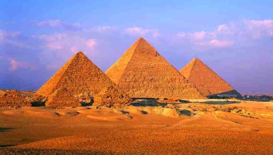 Oι Ισλαμιστές θέλουν να ξαναγράψουν την Ιστορία! Ιεροκήρυκας του Ισλάμ πρότεινε την καταστροφή των Πυραμίδων γιατί είναι ειδωλολατρικά μνημεία!