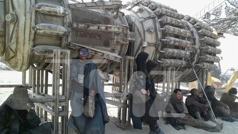 Turbina de una vaina en las fotos del rodaje de Star Wars Ep. VII