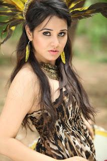Nisha Kotari  Pictures 002.jpg