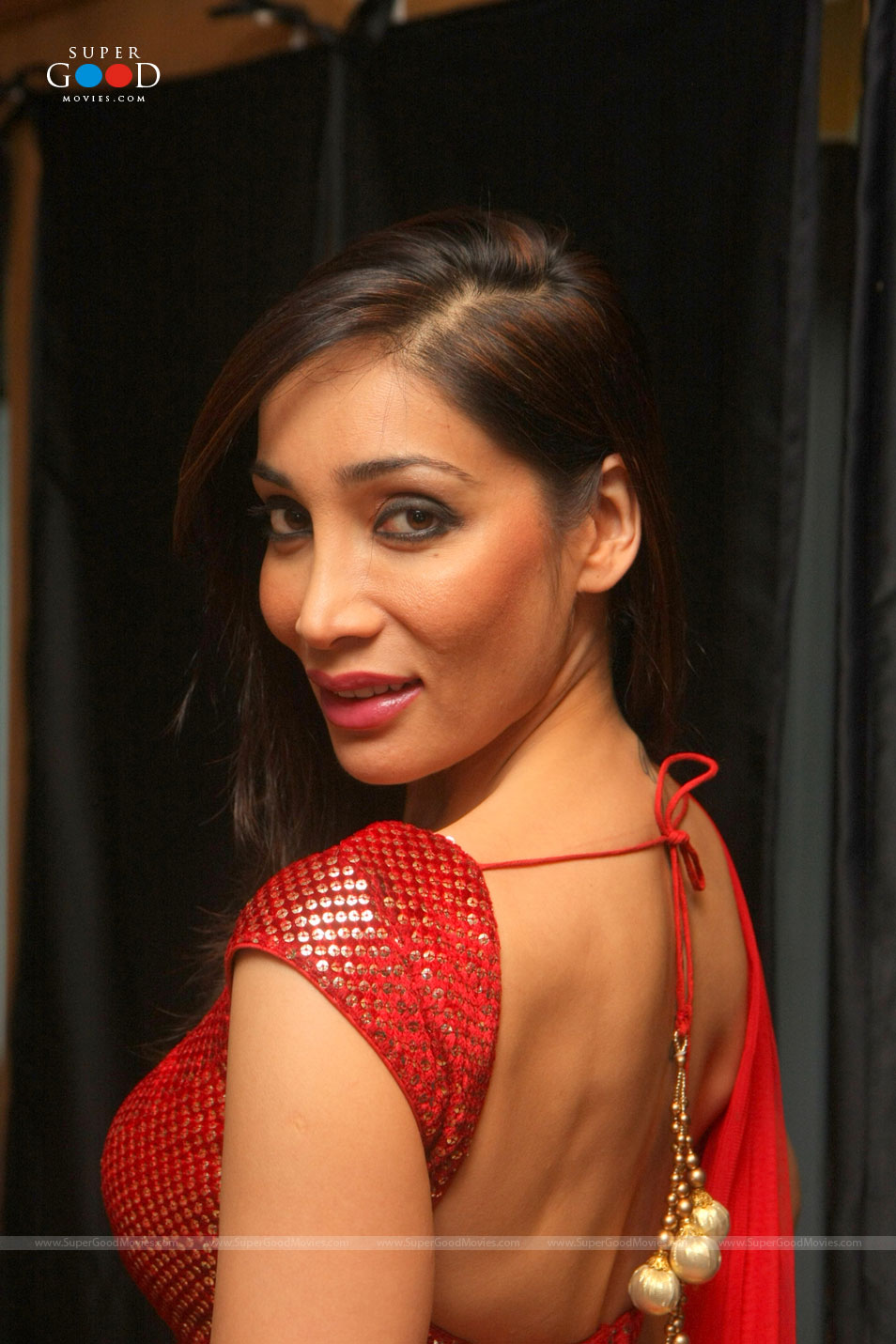 Sofia Hayat In Red Dress ~ celebs talkies