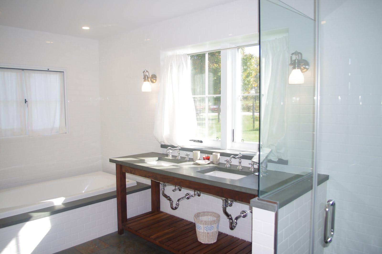 Sunny Master Bathroom