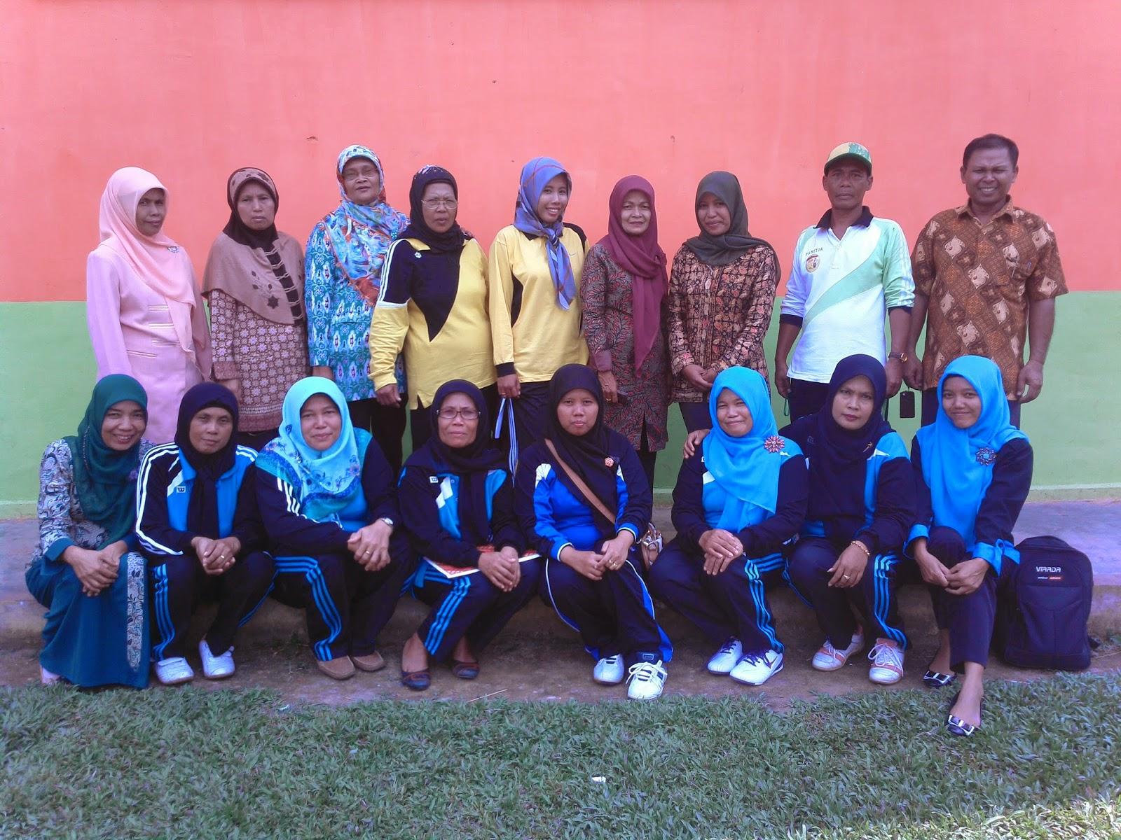 Rutinitas Kegiatan Kelompok Kerja Guru (KKG) di Sekolah 2014
