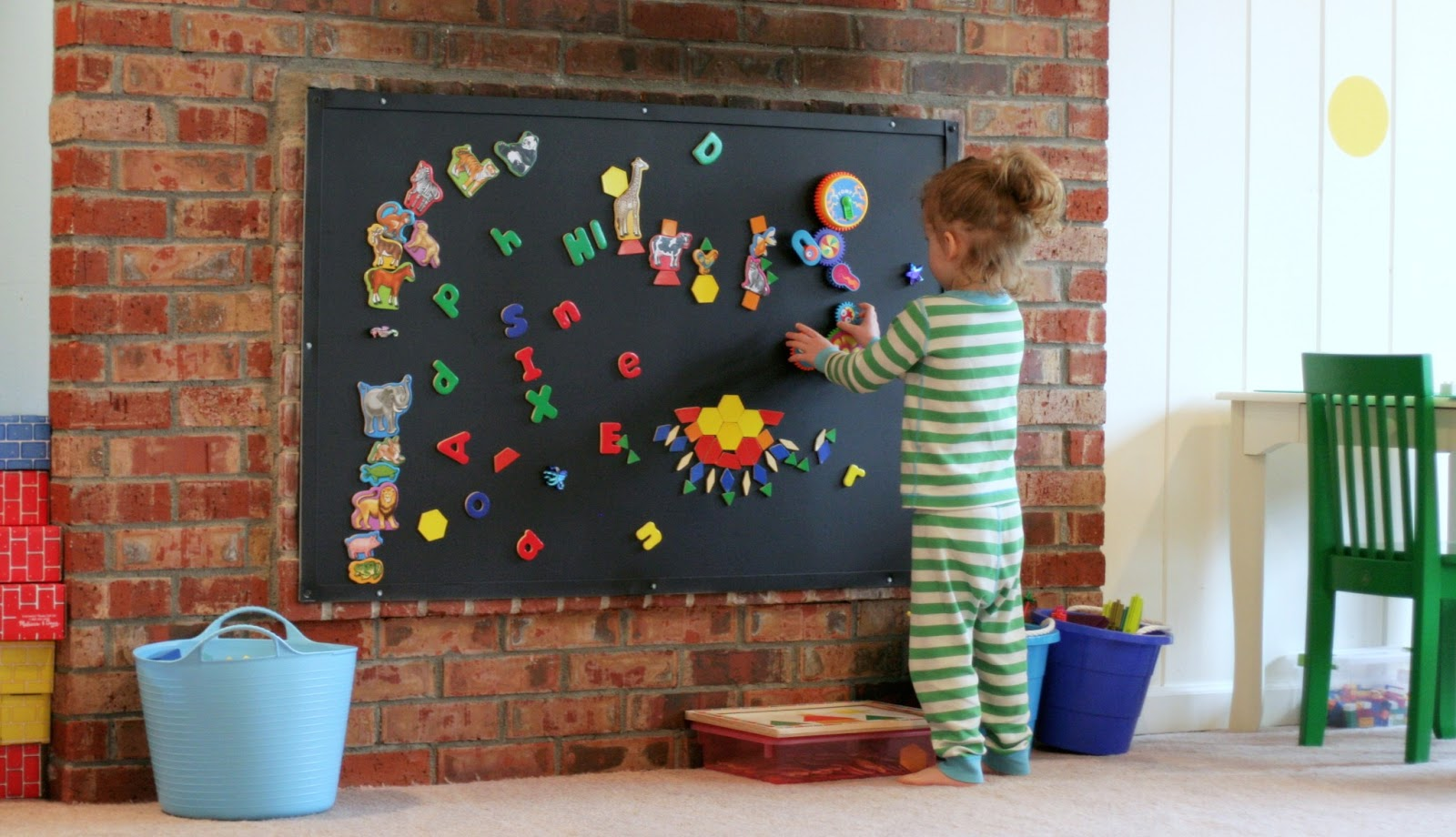 Magnetic Wall Decor playroom design: diy playroom with rock wall