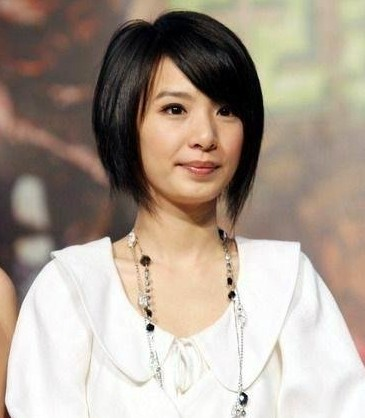 Cute short haircuts for girls 2011