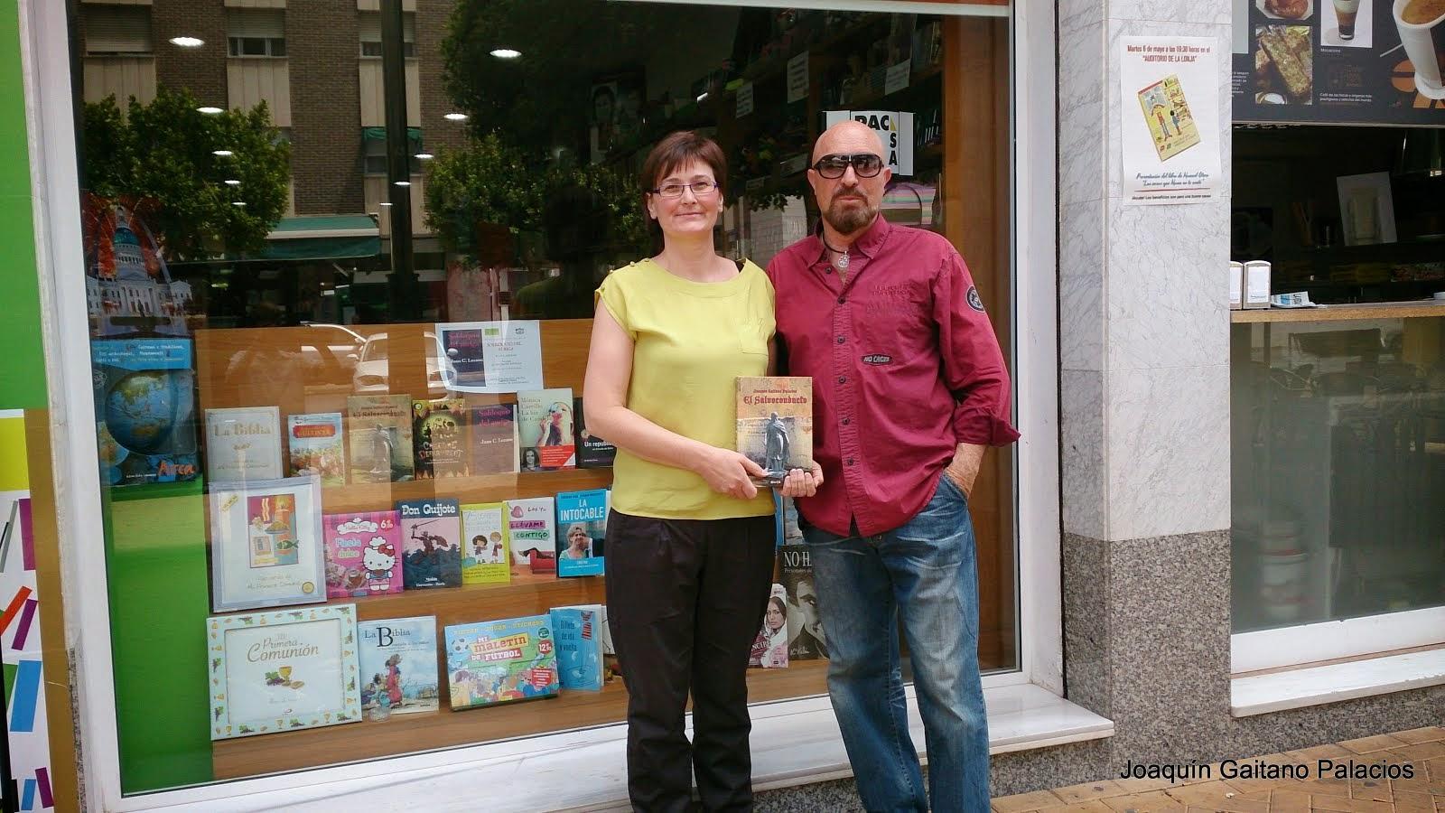 Librería Codex. Orihuela. Con Yolanda
