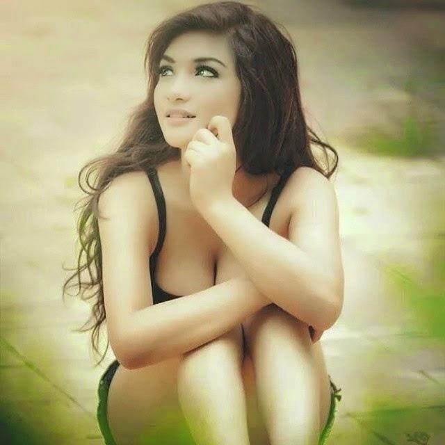 Perfect hourglass figure nude women