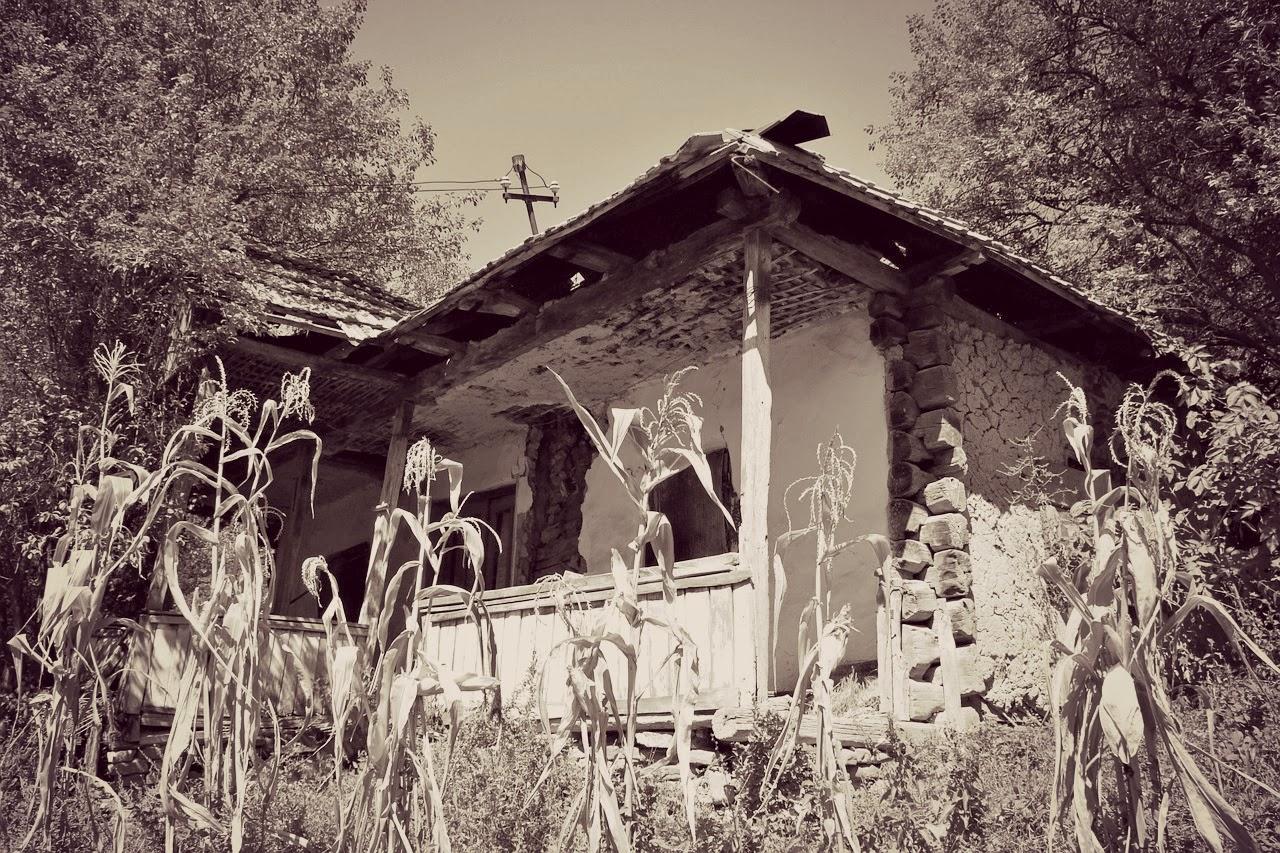 elhagyatott ház, régi ház, boszorkányház, Rejtélyek háza, novella