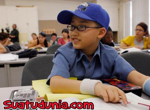 Unik bocah ini lulus kuliah di usia 11 tahun dengan ipk 4.0