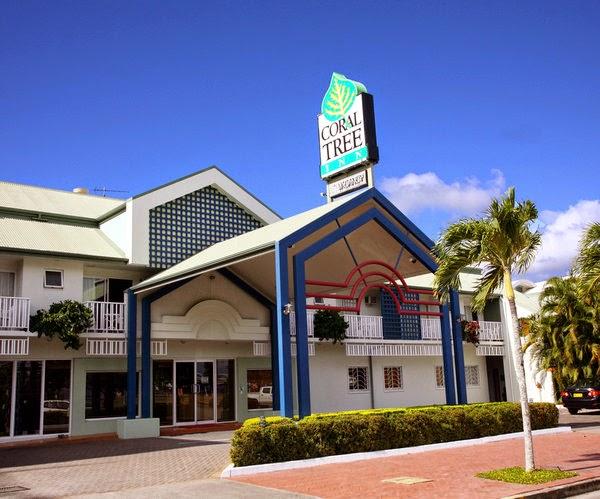 Hotel Coral Tree Inn. Exterior