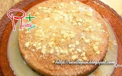Torta con Crema di Cioccolato Bianco di Cotto e Mangiato