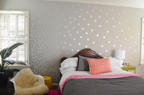 Walls with diy metallic patterns how about orange - Silver metallic wall paint ...