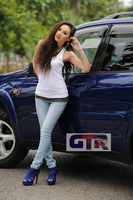 Thinzar Nwe Win - Myanmar Model