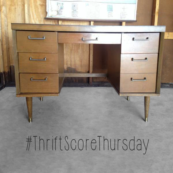 #thriftscorethursday Week 62 Craigslist Wish List | www.blackandwhiteobsession.com