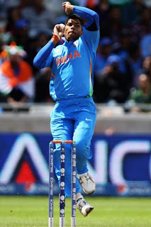 Umesh-Yadav-vs-Pakistan-ICC-Champions-Trophy-2013